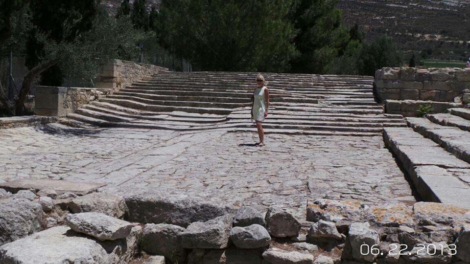 Palace-of-Knosos-Crete (1)