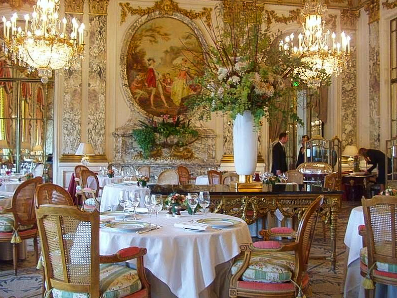 Dining Room Le Meurice